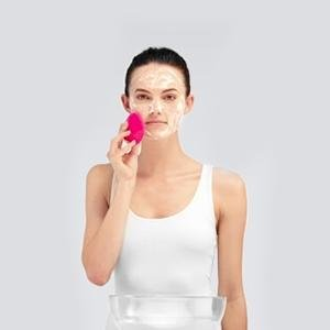 step 2: how to use the FOREO LUNA mini 2